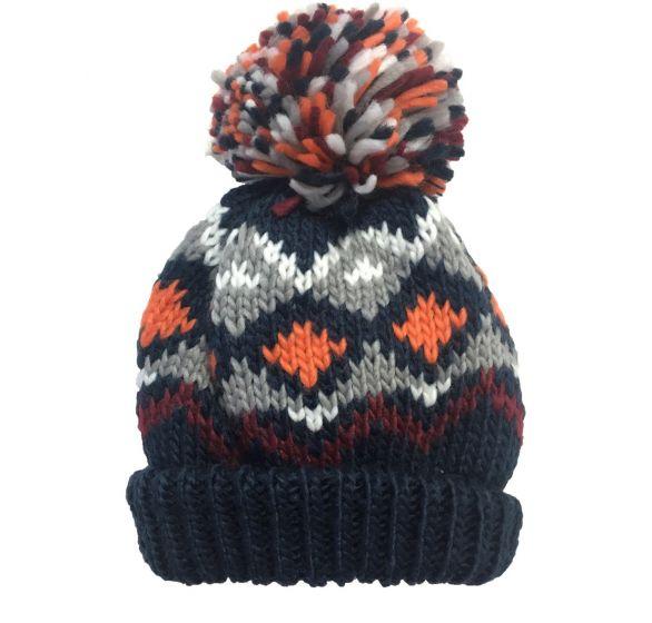 Детска зимна шапка с помпон